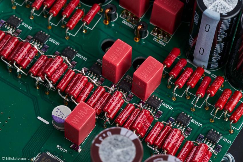 Die Stufe zur Auskopplung des Signals aus dem Wandler-Chip