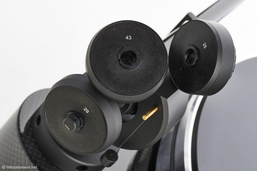 Die Auswahl mitgelieferter Gegengewichte erlaubt den Einsatz von Tonabnehmern zwischen fünf und 14 Gramm Gewicht