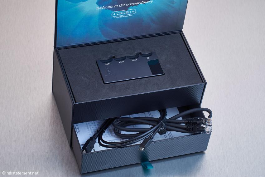 Chord Electronics hat dem 2go eine aufwändige Verpackung spendiert
