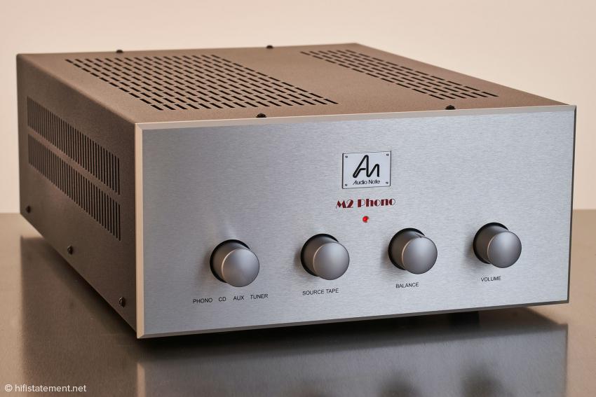 Klare Kante: bewährtes, robustes Design ohne Schnörkel und Schnickschnack bei der Vorstufe Audio Note M2 Phono