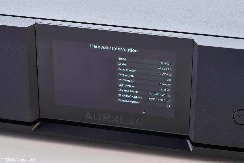 Auch der Aries G2.1 lässt sich über das Display und die unauffällig ins Gehäuse integrierten Drucktasten bedienen