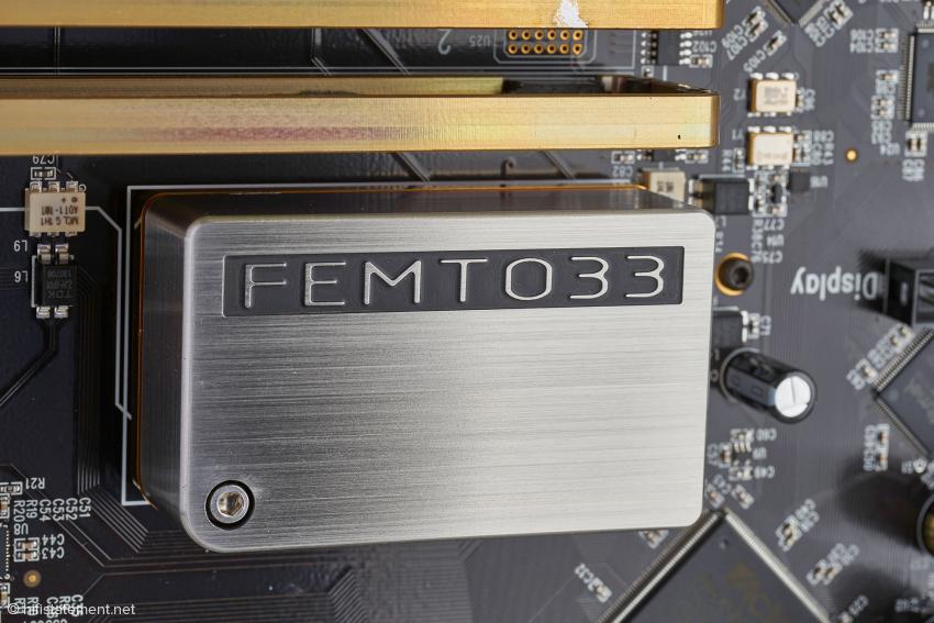 Die Femto 33 ist MSBs jitterärmste Clock. Sie steht mit fast 17.000 Euro in der Preisliste, gehört beim Reference DAC aber zum Lieferumfang