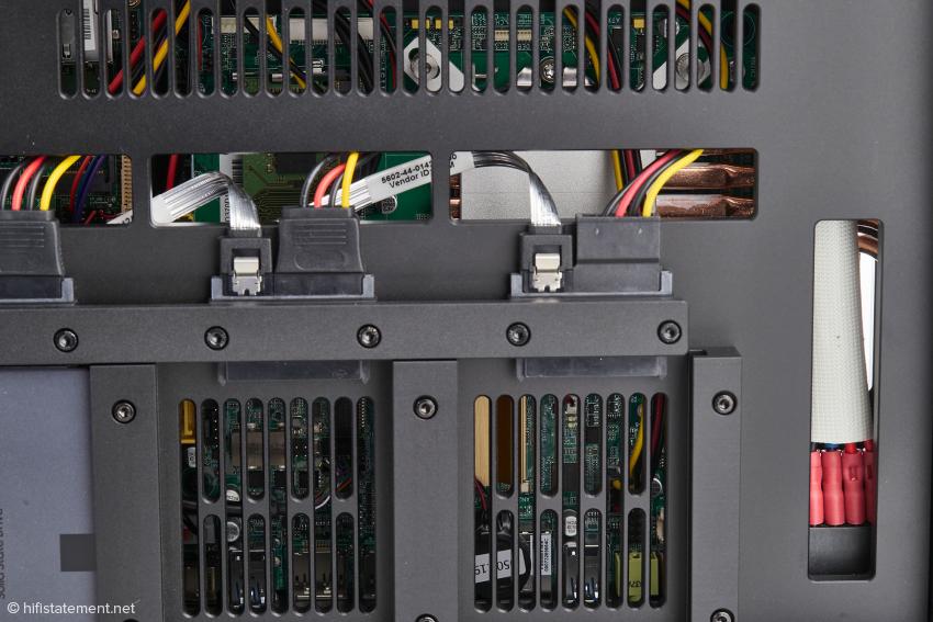 Einen Teil der aufwändigen Mechanischen Konstruktion des K50 gibt dieses Foto wieder
