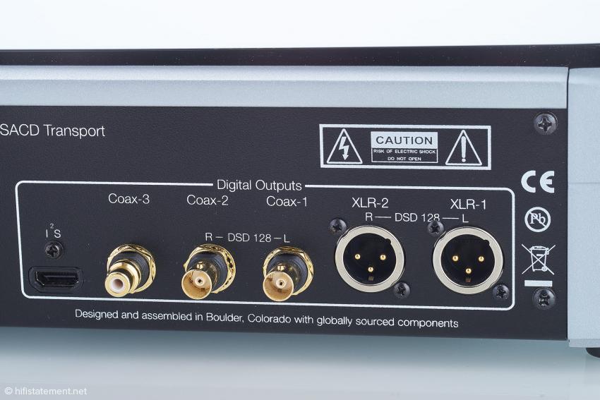 Interessant sind die kanalgetrennten AES/EBU und BNC Digital-Ausgänge zur Verdopplung der Übertragungsrate. Sie lassen sich auch ganz normal nutzen, sind dann also doppelt vorhanden
