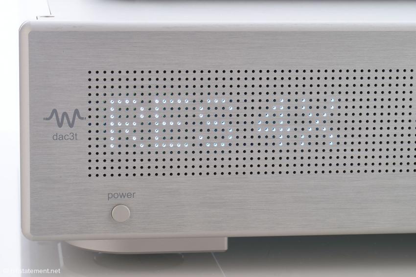 Das LED-Matrix-Display zeigt vierfach Upsampling an