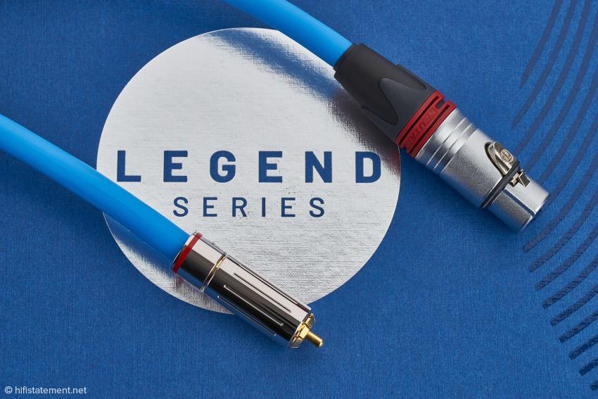 Die RCA-Stecker der neuen Classic Legend SG Linie sind ebenfalls arretierbar, die XLR-Version wird mit edlen Neutrik-Nickel-Steckern ausgestattet, die vergoldete Kontakt-Pins besitzen