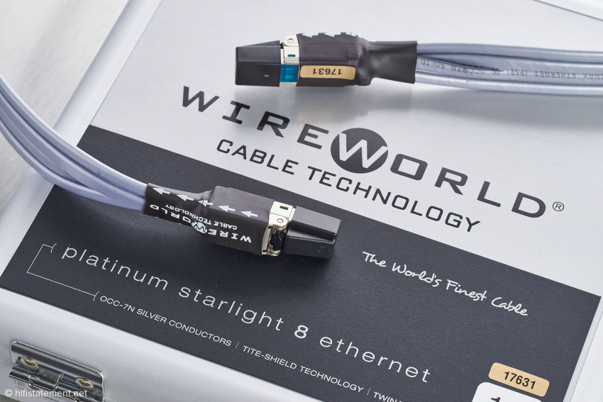 Wireworld gibt für das Starlight Platinum eine Laufrichtung vor und versieht seine Kabel mit Seriennummern