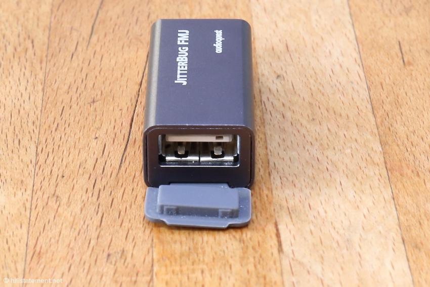 Der Jitterbug FMJ mit geöffneter Verschlusskappe